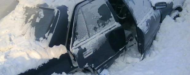 Екатеринбуржцы жалуются на брошенные машины